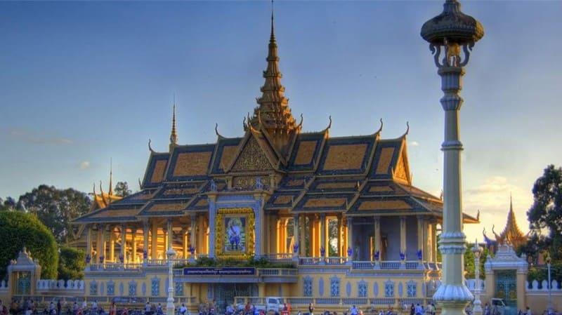 Amazing Vietnam & Cambodia Tour (6)